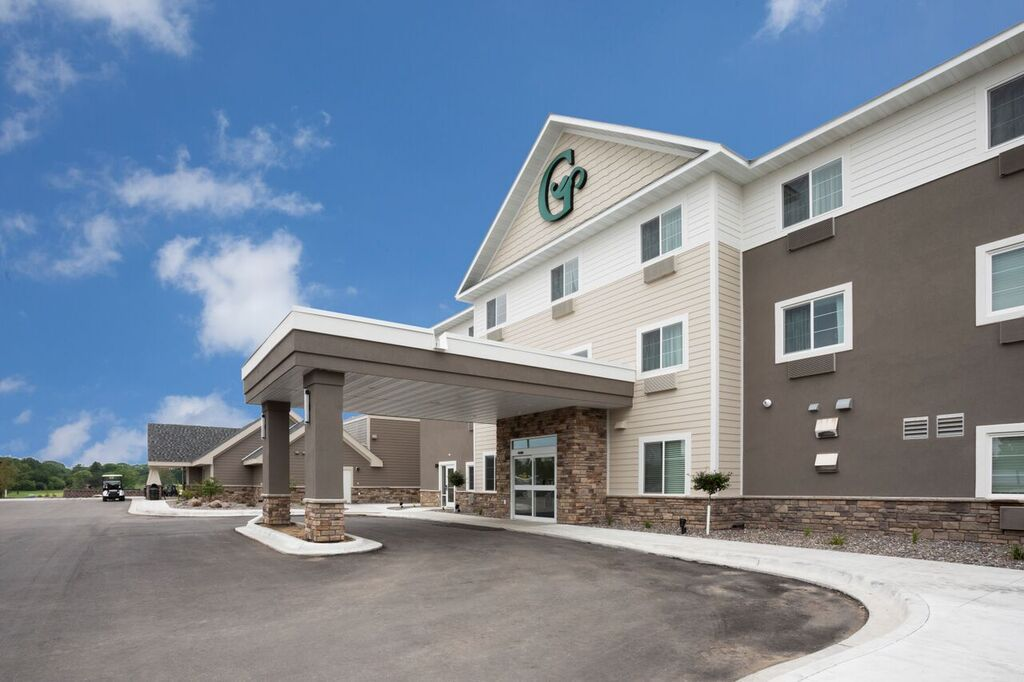 GrandStay Hotel and Conference at Little Crow Golf Resort